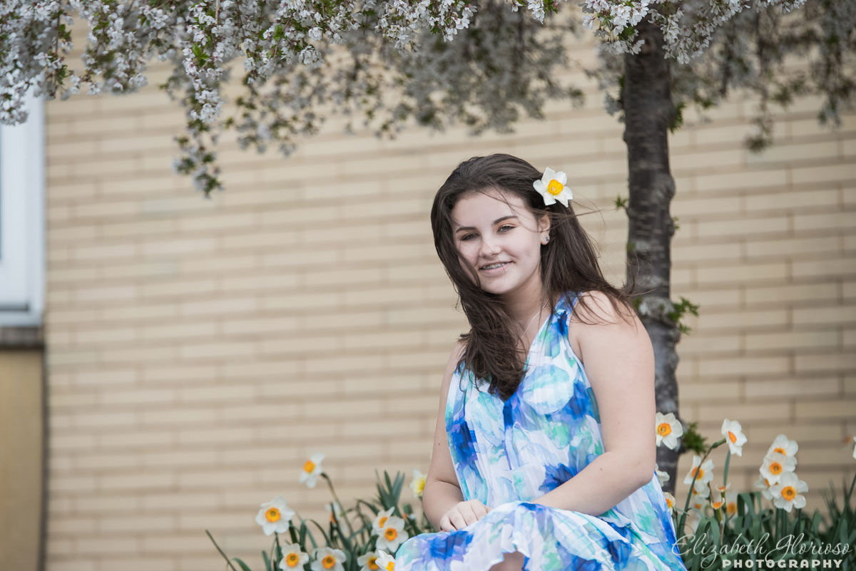 Bat Mitzvah girl spring outdoor portrait at Park Synagogue Cleveland Heights, Ohio