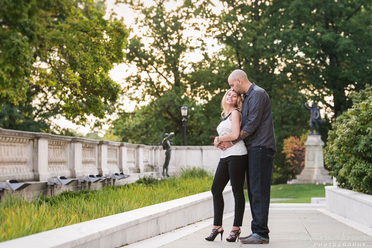 Engagement session at the Cleveland Museum of Art in Cleveland Ohio