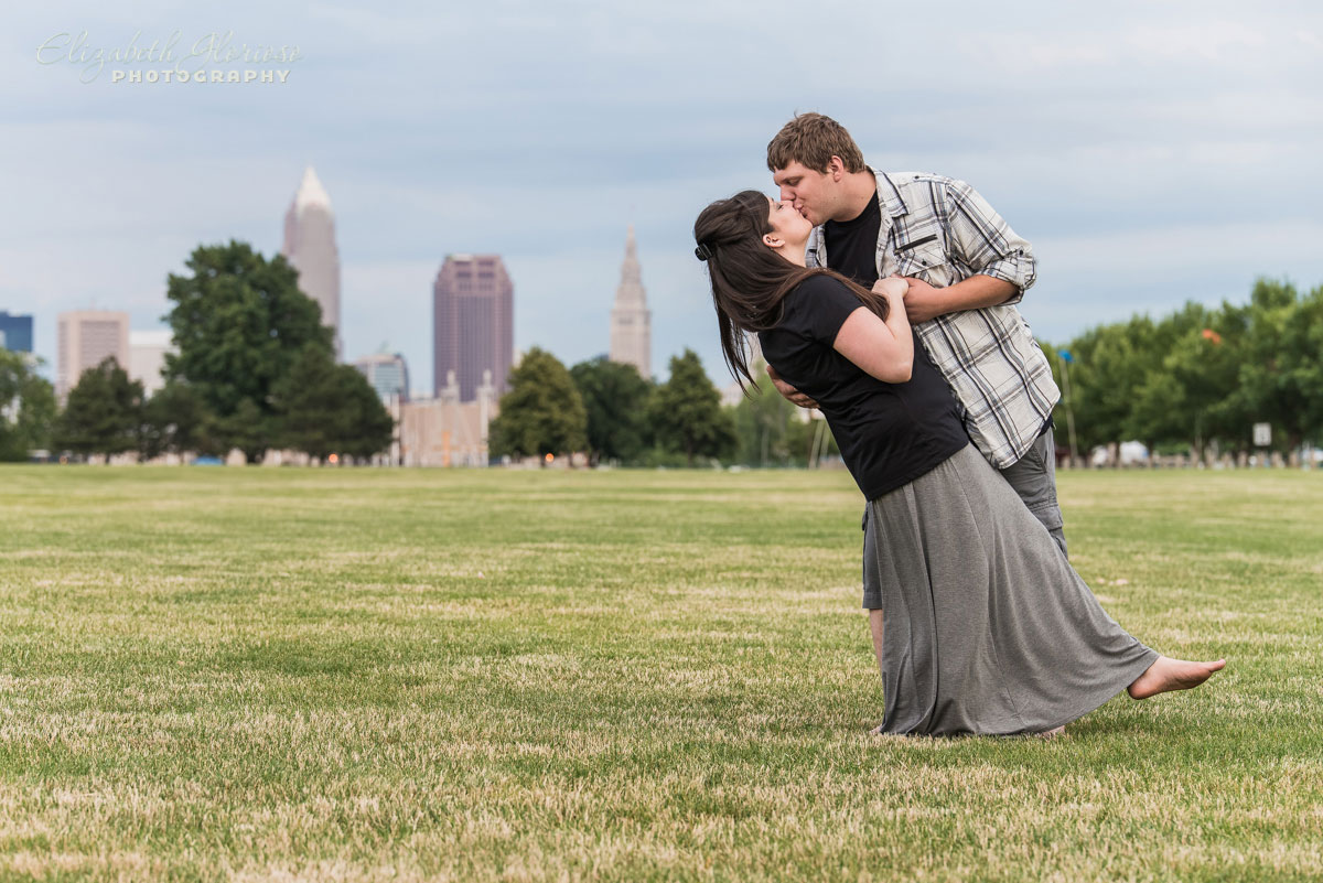 Engagement session with Cleveland skyline in Cleveland, Ohio