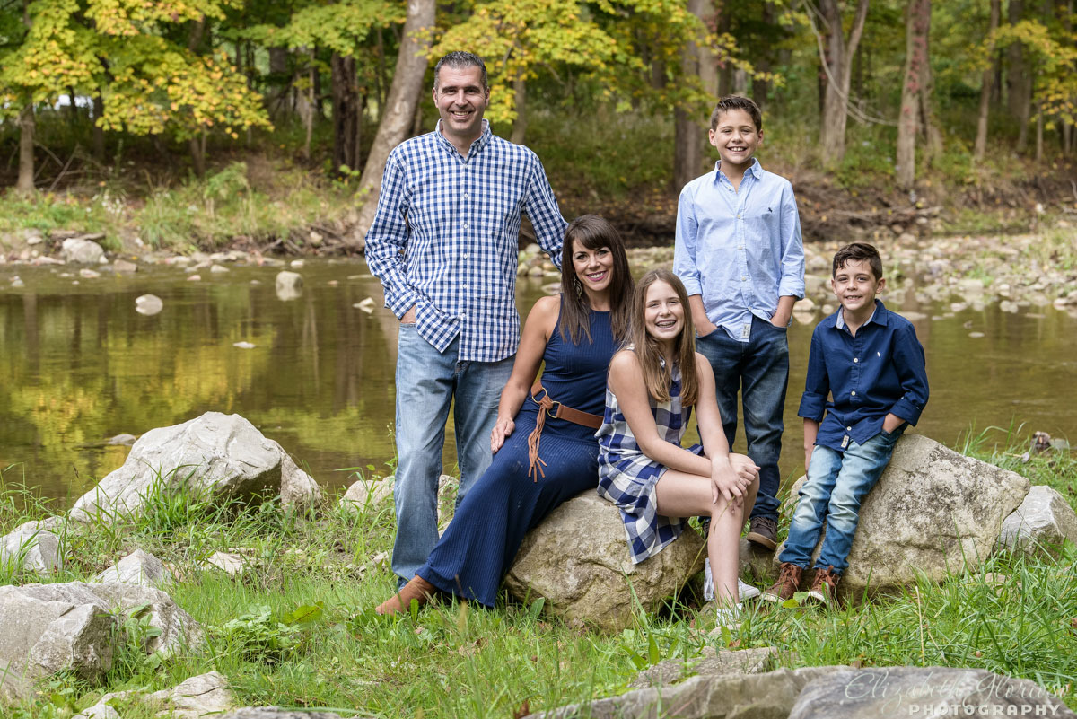 Outdoor family portrait taken at the Cleveland Metroparks