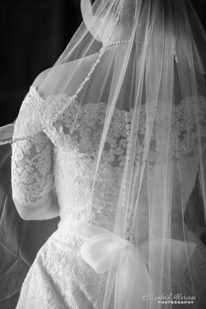 Picture of bride's veil at wedding