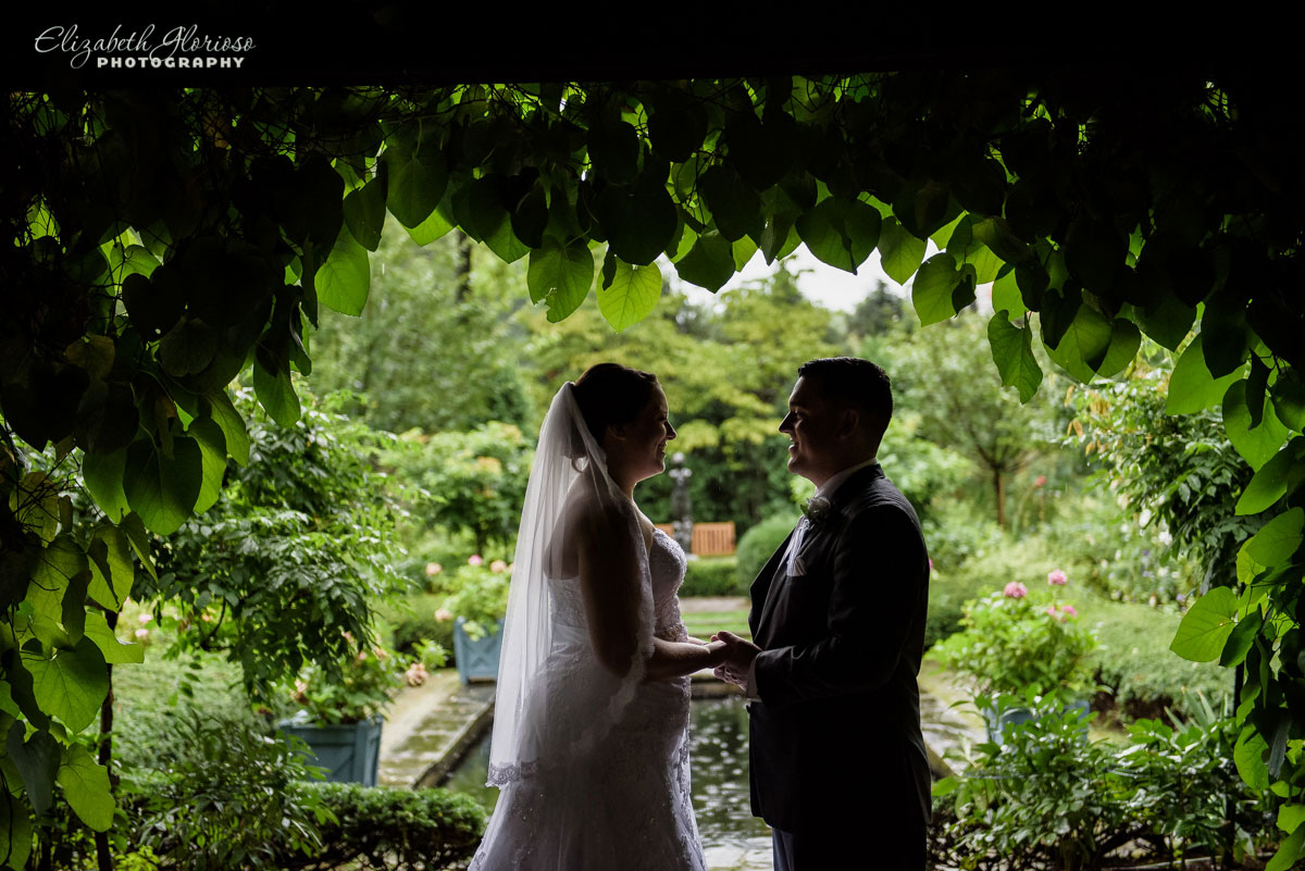 Wedding portrait of bride and groom at Stan Hywet Hall in Akron, OH