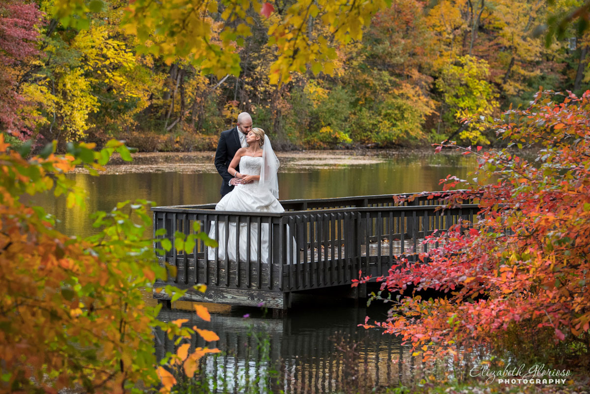 Portrait of bride and groom taken at Wallace Lake in Berea, Ohio
